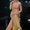 86125_Celebutopia-Carrie_Underwood_performs_at_the_Idol_Gives_Back_2008_Arrivals-_0006.jpg