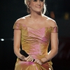 86381_Celebutopia-Carrie_Underwood_performs_at_the_Idol_Gives_Back_2008_Arrivals-_0014.jpg