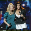 carrie-underwood-idol-gives-back-02.jpg