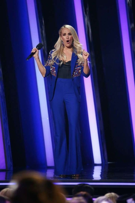 Carrie-Underwood-at-The-53rd-Annual-CMA-Awards-in-Nashville-11.jpg