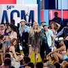 11989328-6897275-Performer_Carrie_Underwood_performs_at_the_ACM_Awards-a-39_1554695497859.jpg