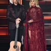 4626A82600000578-5059681-Carrie_Underwood_and_Brad_Paisley_began_CMAs_in_Nashville_by_tel-m-12_1510191046028.jpg