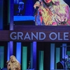 636638343662247482-NAS-Carrie-Underwood-opry-400_28129.jpg