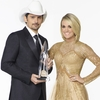 Brad-Paisley-Carrie-Underwood-CMA-Awards-2016-1476114197.jpg