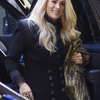 Carrie-Underwood---Arrives-at-Good-Morning-America-Show-01.jpg