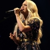 Carrie-Underwood---Performing-at-the-Grand-Ole-Opry-01.jpg