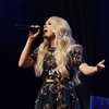 Carrie-Underwood---Performing-at-the-Grand-Ole-Opry-05.jpg