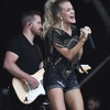 Carrie-Underwood---Performing-on-the-Pyramid-Stage-at-Glastonbury-Festival-14.jpg