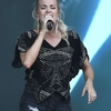 Carrie-Underwood---Performing-on-the-Pyramid-Stage-at-Glastonbury-Festival-15.jpg