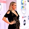 Carrie-Underwood-2018-American-Music-Awards_28129~0.jpg