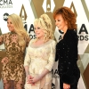 Carrie-Underwood-Dolly-Parton-Reba-McEntire-CMA-Awards-2019-Red-Carpet-Fashion-Tom-Lorenzo-Site-3.jpg