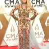 Carrie-Underwood-Dolly-Parton-Reba-McEntire-CMA-Awards-2019-Red-Carpet-Fashion-Tom-Lorenzo-Site-4.jpg