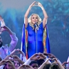 Carrie-Underwood-Performance-2018-CMA-Awards-Video.jpg