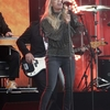 Carrie-Underwood-at-Jimmy-Kimmel-Live--01.jpg
