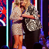 Carrie2BUnderwood2B20192BCMT2BMusic2BAwards2BShow2BhOabWeiz50Zx.jpg