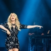 CarrieUnderwood_020719_05.jpg