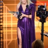 carrie-underwood-american-music-awards-in-la-november-24-28-pics-17.jpg