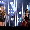 carrie-underwood-and-joan-jett-deliver-a-dynamic-country-rock-set-at-the-cma-fest.jpg