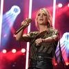 carrie-underwood-at-2019-cma-music-festival-day-2-in-nashville-2.jpg