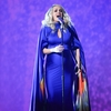 carrie-underwood-at-52nd-annual-cma-awards-at-the-bridgestone-arena-in-nashville-3.jpg