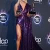 carrie-underwood-attends-the-2019-american-music-awards-at-microsoft-theater-in-los-angeles-241119_8.jpg
