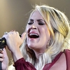 carrie-underwood-gives-emotional.jpg