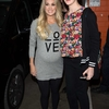 carrie-underwood-greets-fans-as-she-leaves-tv-show-the-project-in-melbourne-australia-260918_6.jpg