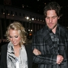 carrie-underwood-mike-fisher-knicks-game-01292011-11-860x675.jpg