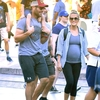 carrie-underwood-mike-fisher-son-disneyland.jpg