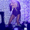carrie-underwood-performs-at-2018-cmt-music-awards-in-nashville-06-06-2018-6.jpg
