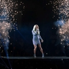 Carrie-Underwood---Performs-onstage-at-Staples-Center-10.jpg